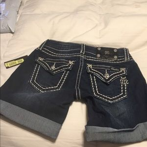 Miss Me jean shorts size 26 new with tags
